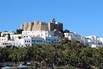 Patmos-saarta hallitsee Johanneksen luostari.