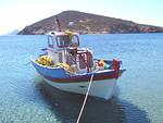 Kalastusveneet hoidetaan hyvin ja maalataan värikkäiksi.